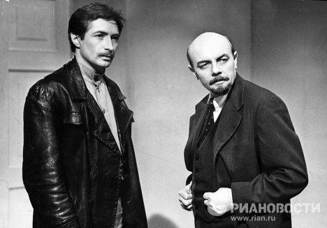 Кирилл Лавров в роли Ленина
